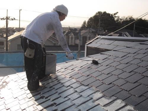 屋根の中塗り写真